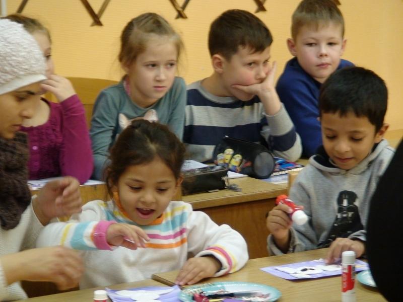 MDK - Dundagas skolas foto bēgļi DSC00612 800x600